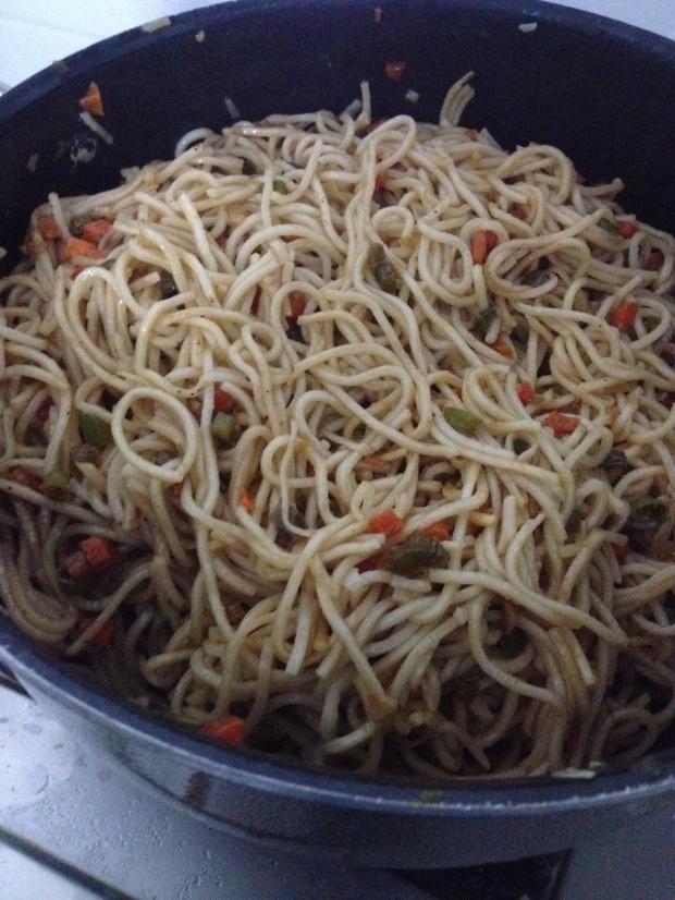 Veg Hakka Noodles 4